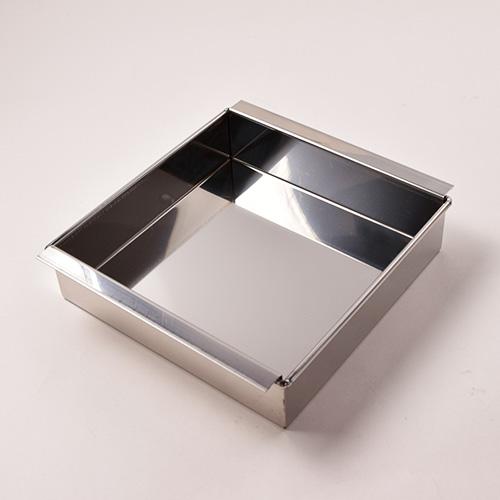 ステンレス製万能流し型(オーブン対応)18×18