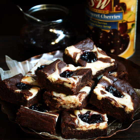 チェリーとクリームチーズのチョコレートケーキ