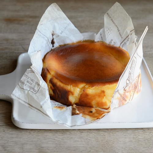 バスク風チーズケーキ(バル風チーズケーキ)