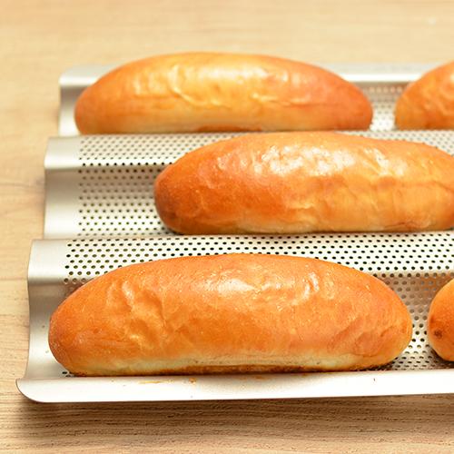 フランスパン天板を使ったコッペパン