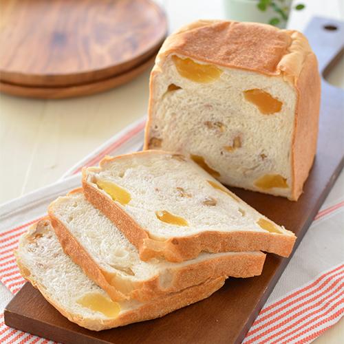 りんごとくるみの食パン