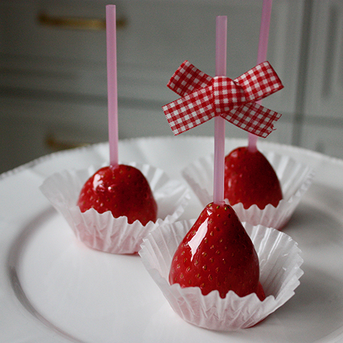 レシピ イチゴ 飴 【密かなブーム】特売の小さいものでもOK!「いちご飴」がパリパリ甘〜い♪