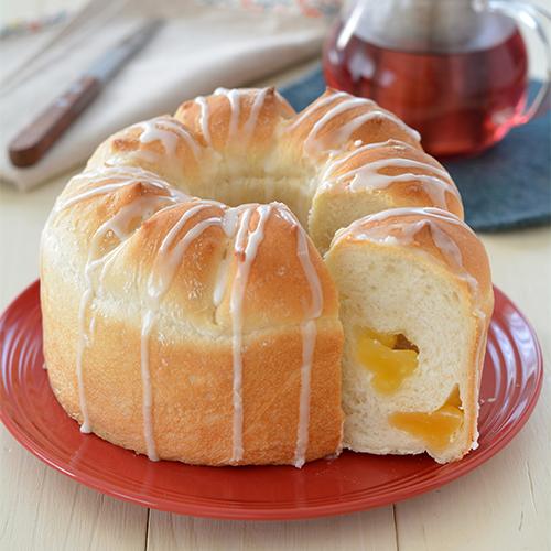シフォン型でりんごパン