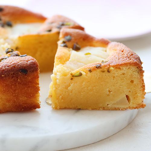 しっとり濃厚!洋梨のアーモンドケーキ